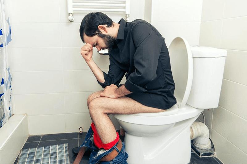 heilpraxis_ralf_giere_mann_toilette
